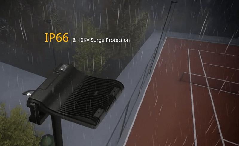 Dùng đèn đạt chuẩn IP66 và có khả năng chống sét lan truyền tốt thì dù mưa to, trời nhiều sấm chớp vẫn không ảnh Dùng đèn đạt chuẩn IP66 và có khả năng chống sét lan truyền tốt thì dù mưa to, trời nhiều sấm chớp vẫn không ảnh hưởng gì đến bộ đènhưởng gì đến bộ đèn